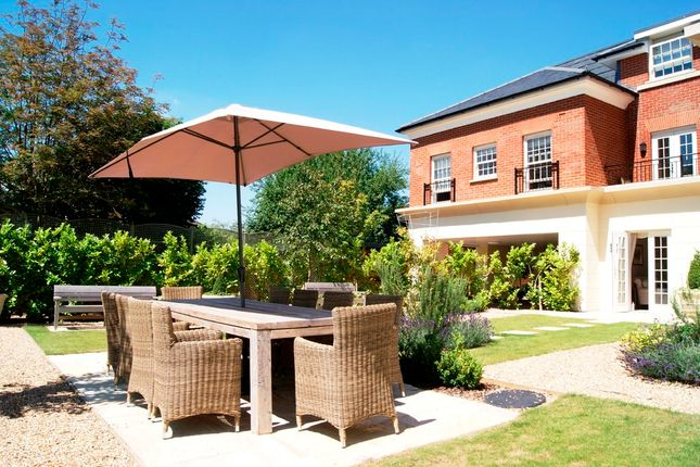 1 bed property for sale in Dairy Walk, Hartley Wintney, Hook