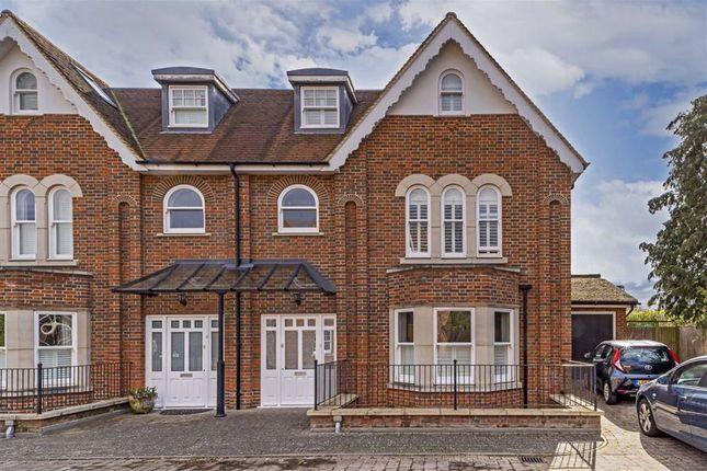Thumbnail Property for sale in Stokes Mews, Teddington