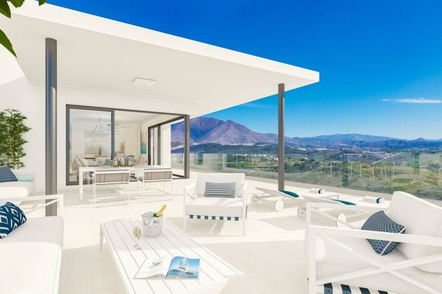 Thumbnail Apartment for sale in Casares, Spain