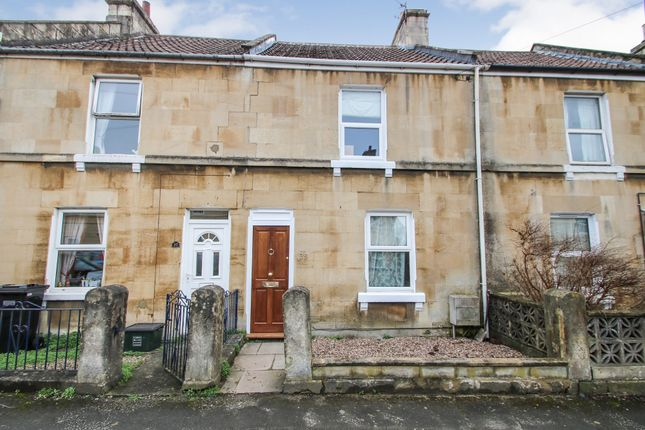 2 bedroom terraced house for sale in Albany Road, Bath