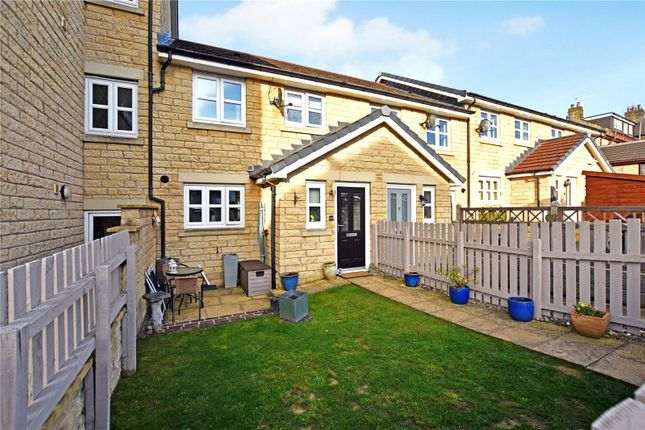 3 bed town house for sale in King Street, Drighlington, Bradford, West Yorkshire BD11