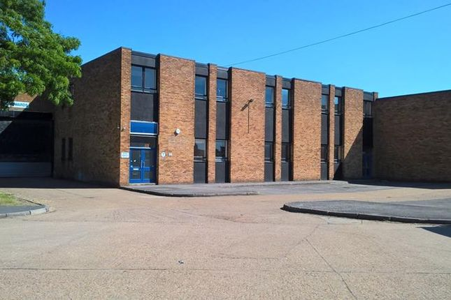 Thumbnail Light industrial to let in Unit 7, International Trading Estate, Trident Way, Southall, Middlesex
