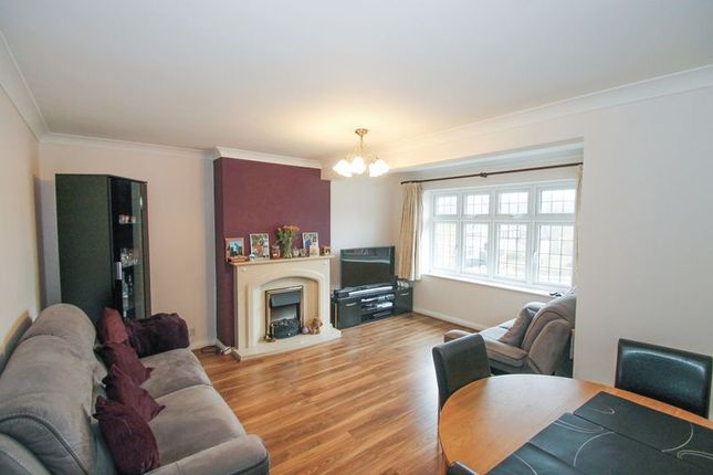 Flat for sale in The Sigers, Eastcote, Pinner