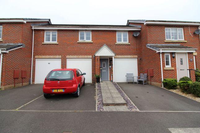 Thumbnail Flat for sale in Woodside Drive, Newbridge, Newport