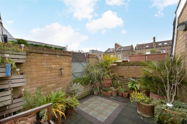 Thumbnail Mews house for sale in Wellington Close, London