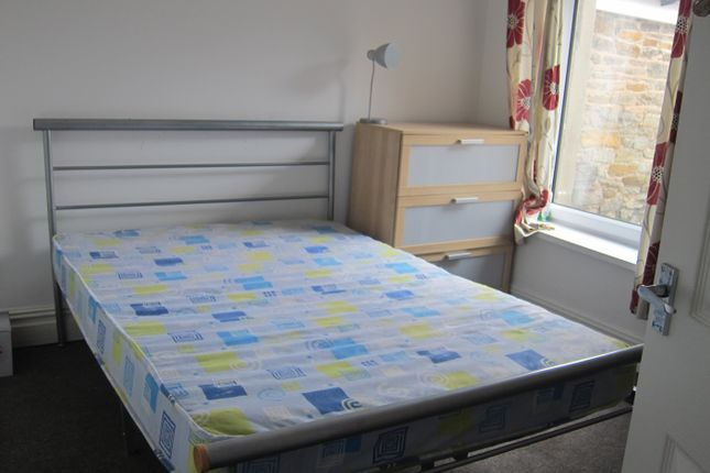 Thumbnail Property to rent in Queen Street (19), Treforest, Pontypridd