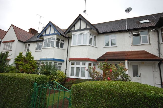 Houses For Sale In Strathmore Gardens London N3