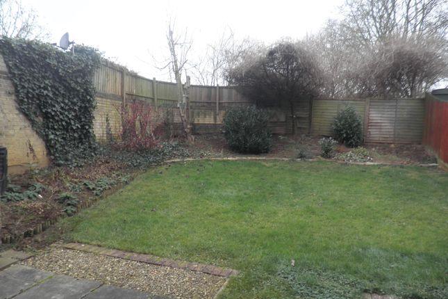 Garden of Willow Brook Square, Northampton NN3