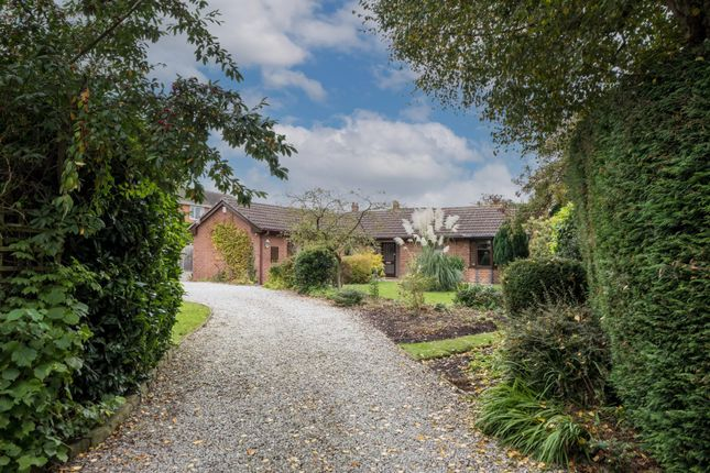 4 bed detached bungalow for sale in Deans Close, Tarvin, Chester CH3