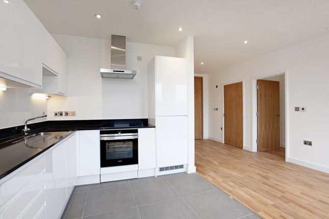 Thumbnail Flat to rent in Alexandra Court, St Leonards Road, Windsor, Berkshire