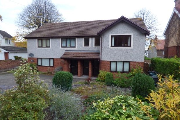 Thumbnail Flat to rent in Woodland Court, Woodland Road West, Colwyn Bay