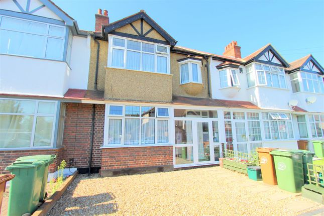 Thumbnail Terraced house for sale in Gomshall Avenue, Wallington