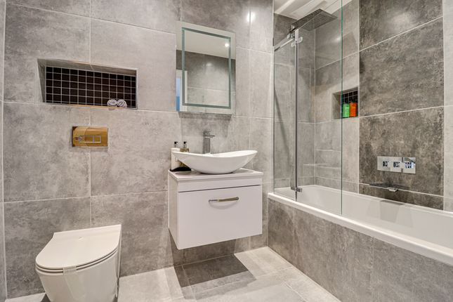 Bathroom of Kingswood Chase, Leigh-On-Sea SS9