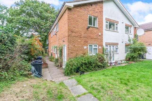 Thumbnail Flat for sale in Hickory Drive, Birmingham, West Midlands