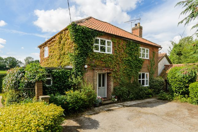 Thumbnail Detached house for sale in Gooseberry Hill, Swanton Morley, Dereham