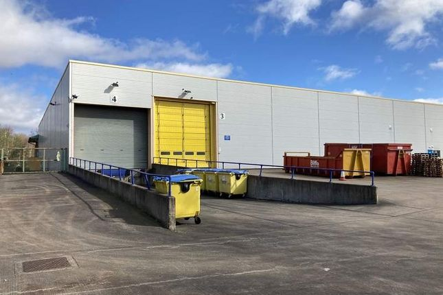Thumbnail Light industrial to let in Cygnus Way, West Bromwich