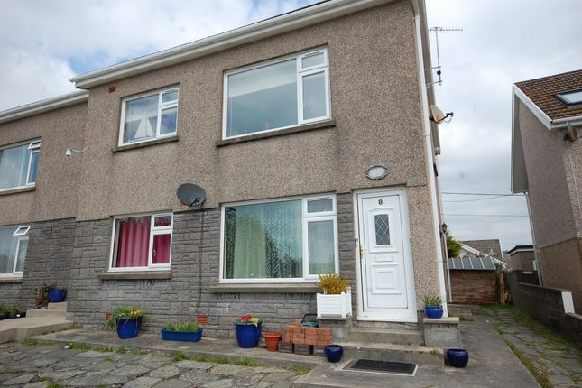 2 bed flat for sale in Saundersfoot SA69