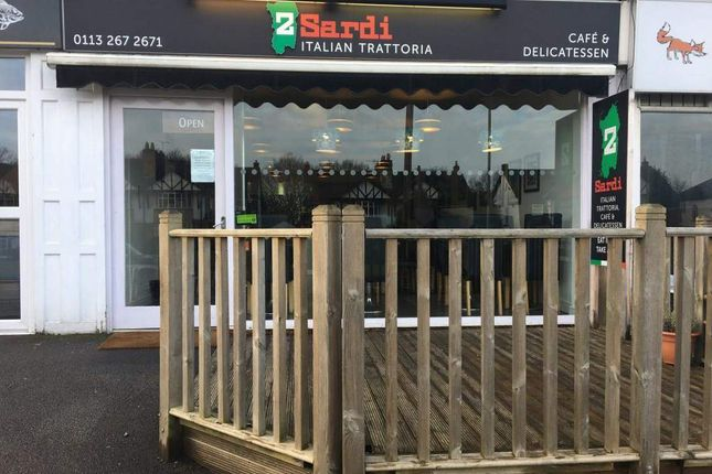 Thumbnail Restaurant/cafe for sale in Otley Road, Adel, Leeds