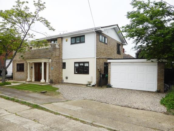 Thumbnail Detached house for sale in Newlands Road, Canvey Island