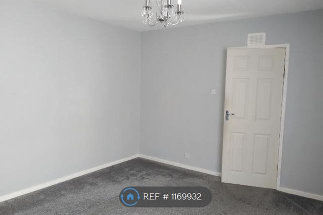 3 bed semi-detached house to rent in Craig Avenue, Dalry KA24