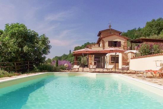 Thumbnail Farmhouse for sale in Montone, Montone, Perugia, Umbria, Italy