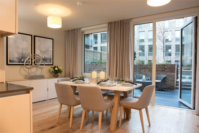 Thumbnail Terraced house for sale in Keelson Gardens, Brentford Lock West