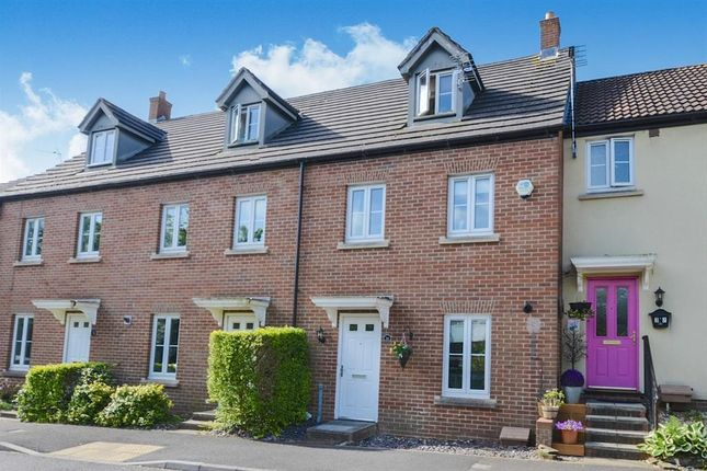 Thumbnail Property to rent in Tithe Court, Yeovil