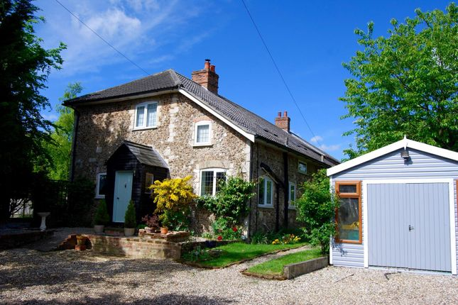 Thumbnail Cottage for sale in Pettistree, Woodbridge