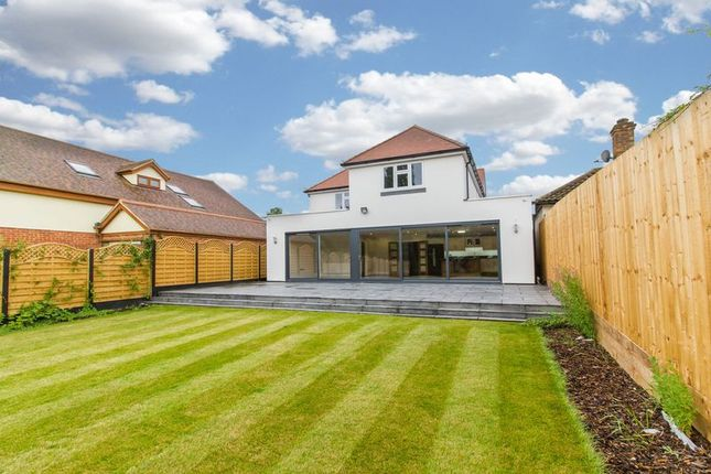 Thumbnail Detached house for sale in Oak Hill Road, Stapleford Abbotts, Romford