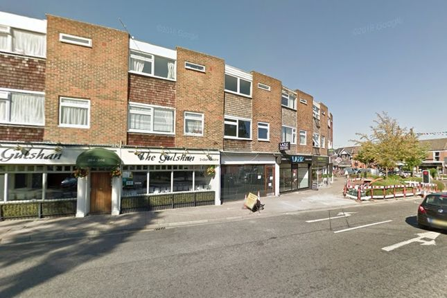 Thumbnail Flat to rent in Fleet Road, Hampshire