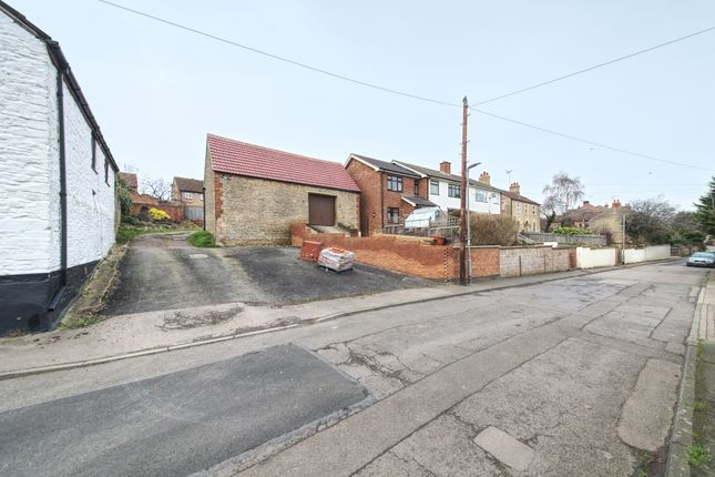 Thumbnail Land for sale in Raunds, Northamptonshire