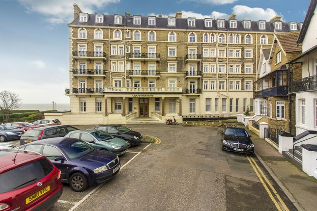 Front of Queens Gardens, Broadstairs CT10