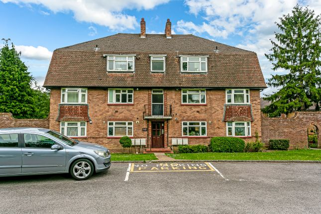 Rushmere Court, The Avenue, Worcester Park KT4