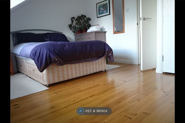 Thumbnail Terraced house to rent in Mayfield Road, London
