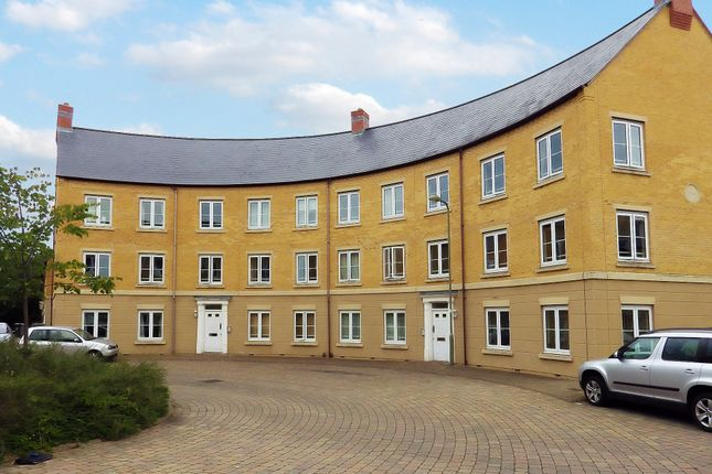 Thumbnail Flat for sale in New Bridge Street, Witney, Oxfordshire