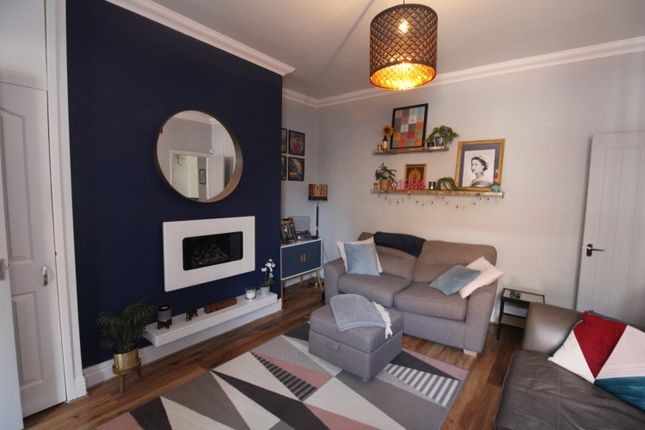 2 bed maisonette for sale in Hainingwood Terrace, Bill Quay, Gateshead NE10