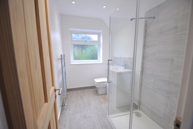 En-Suite  of Totteridge Lane, High Wycombe HP13