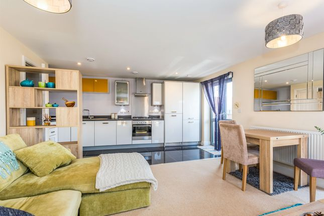 2 bed flat for sale in The Square, Upton, Northampton