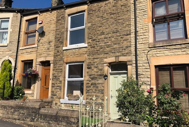 Thumbnail Terraced house to rent in Kiln Lane, Hadfield, Glossop