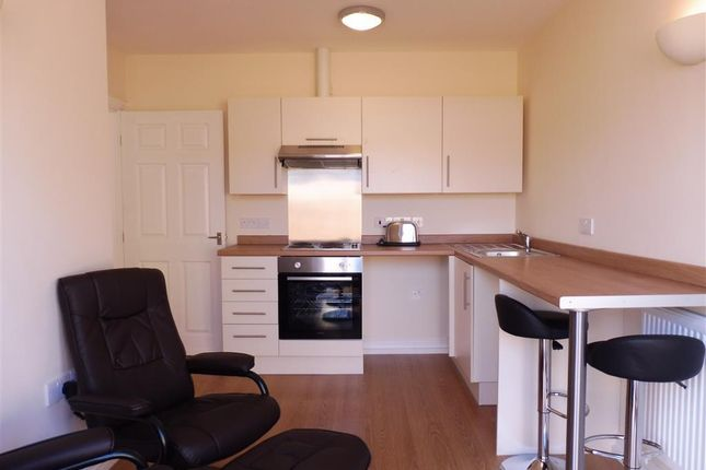 Thumbnail Bungalow to rent in Huntingtower Road, Grantham