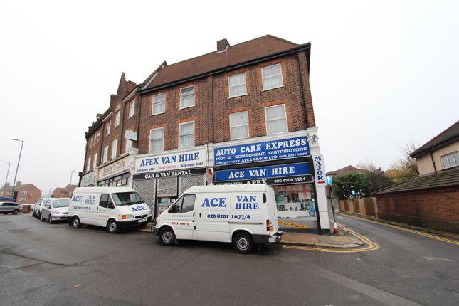 Thumbnail Flat to rent in Watford Way, London