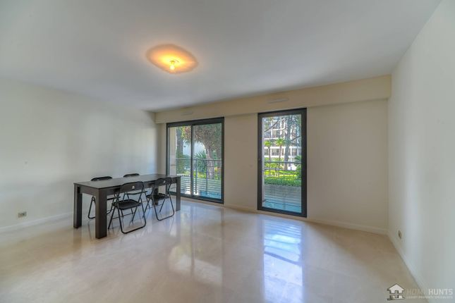 2 bed apartment for sale in Cannes, Alpes Maritimes, France