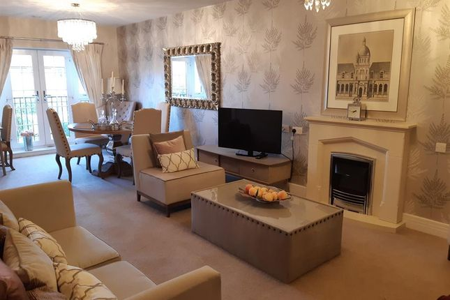 Thumbnail Flat to rent in Four Ashes Road, Bentley Heath, Solihull