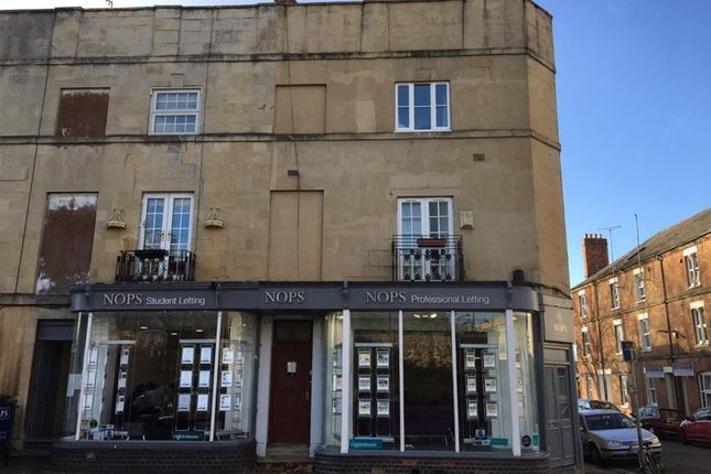 Thumbnail Flat to rent in Walton Street, Oxford