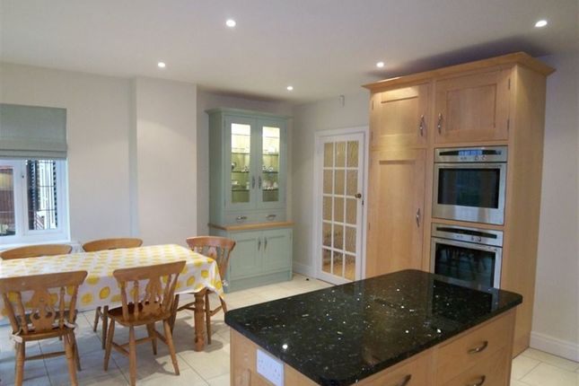 Thumbnail Detached house to rent in Greenwood Way, Sevenoaks