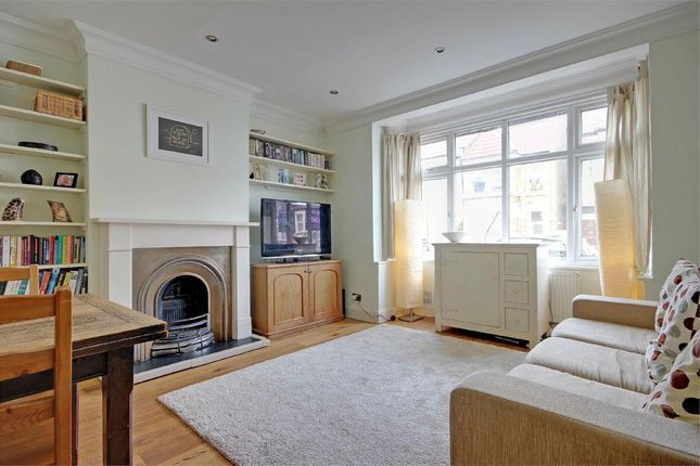 2 bed flat for sale in Mattison Road, Stroud Green, London
