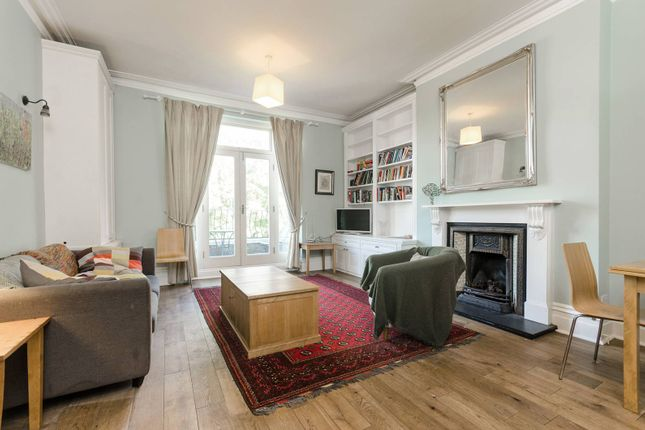 2 bed flat to rent in Canfield Gardens, South Hampstead