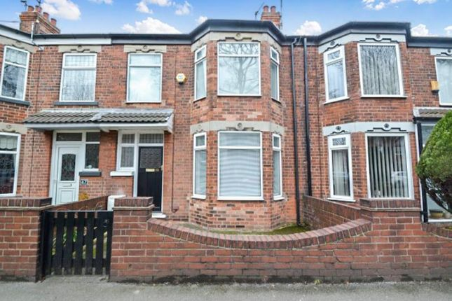 3 bed terraced house to rent in Southcoates Lane, Hull
