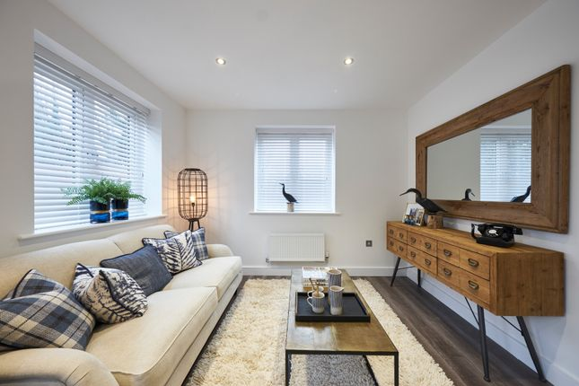 Thumbnail Terraced house for sale in Main Road, Broomfield Village, Chelmsford