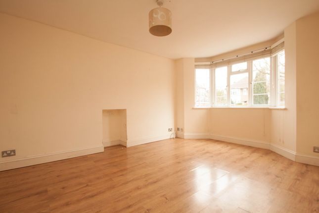 Thumbnail Flat to rent in Temple Avenue, Whetstone